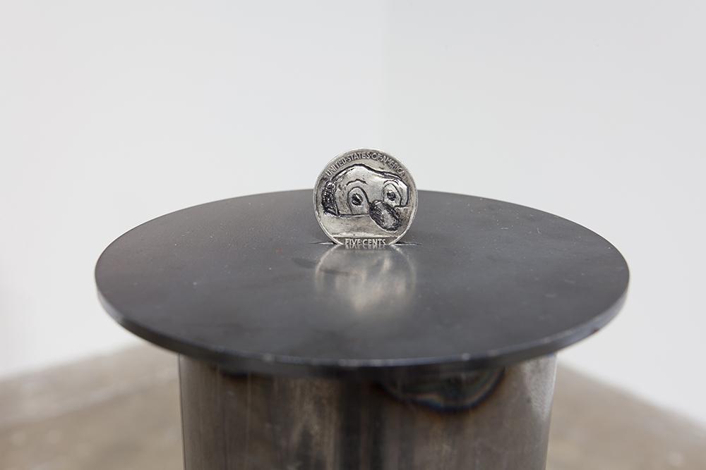 Dewey Ambrosino - Senor Suerte, 2015, 1 Swiss franc, Steel pipe pedestal, steel disc